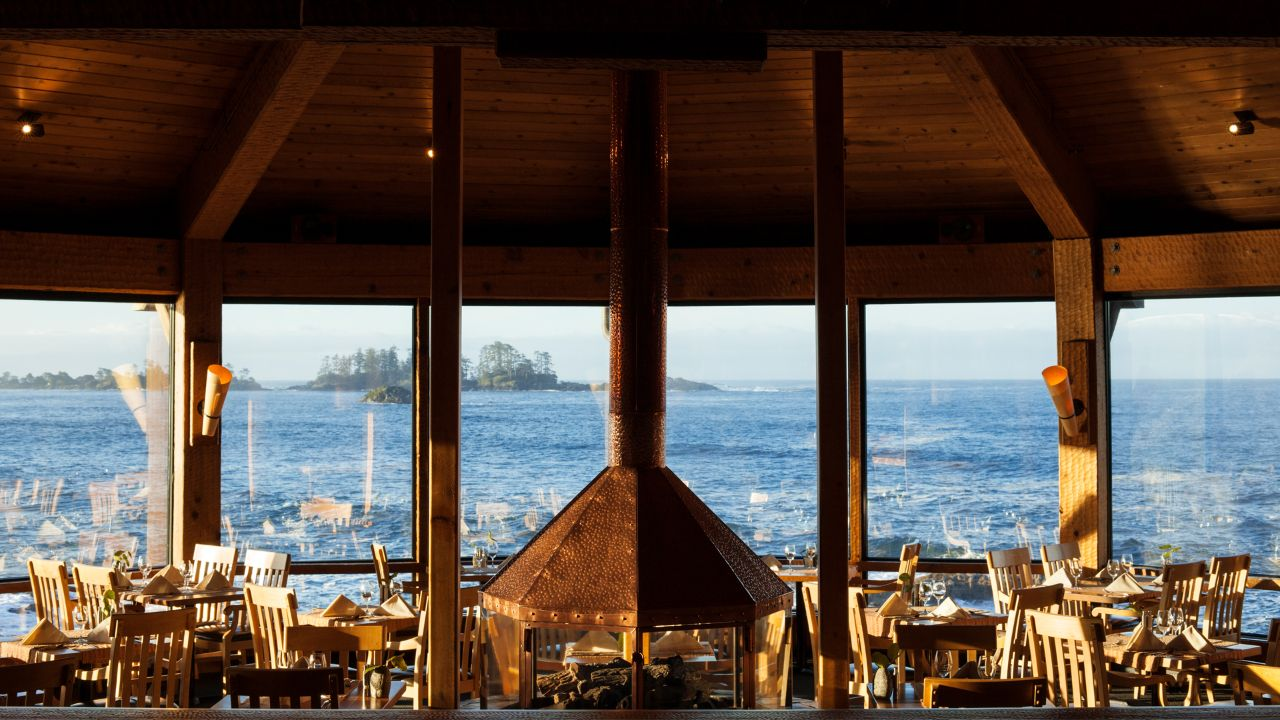 The pointe restaurant wickaninnish inn tofino canada - The Pointe Offers Some Of Tofino S Best Views To Accompany Your Upscale Meal