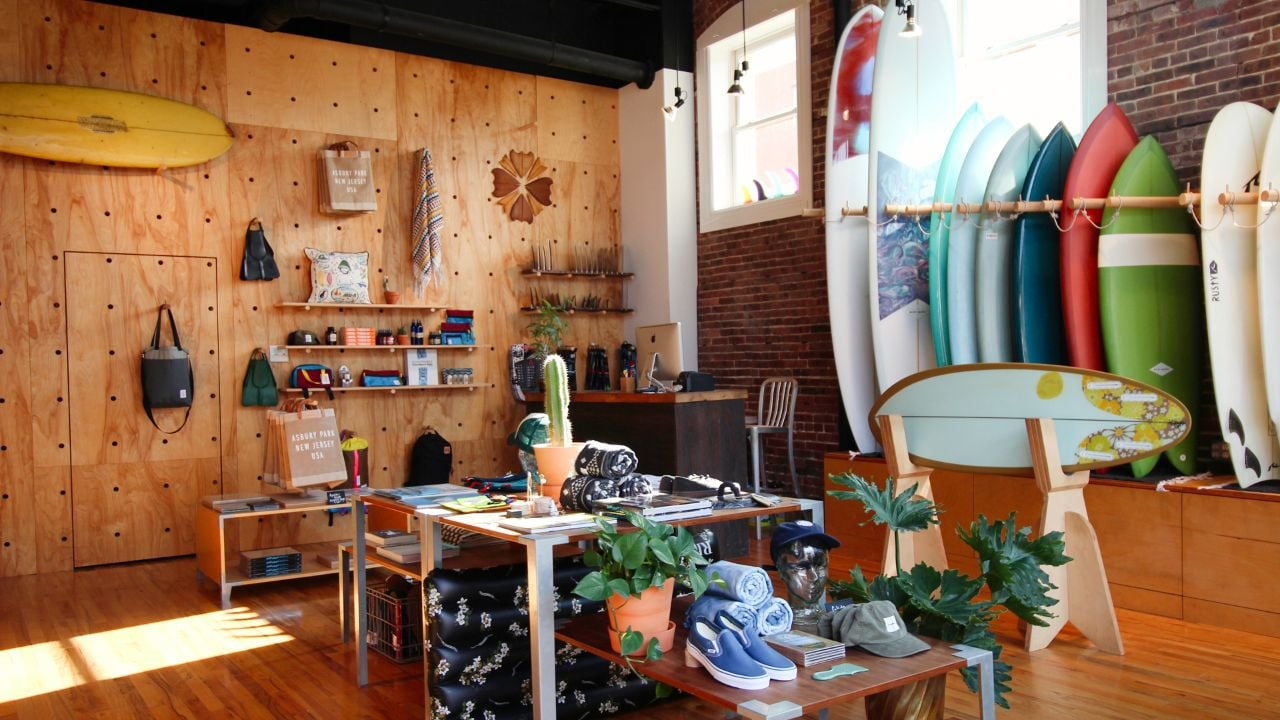 Glide Surf Co. is in the Bangs Avenue shopping area, just minutes from the busy Boardwalk.