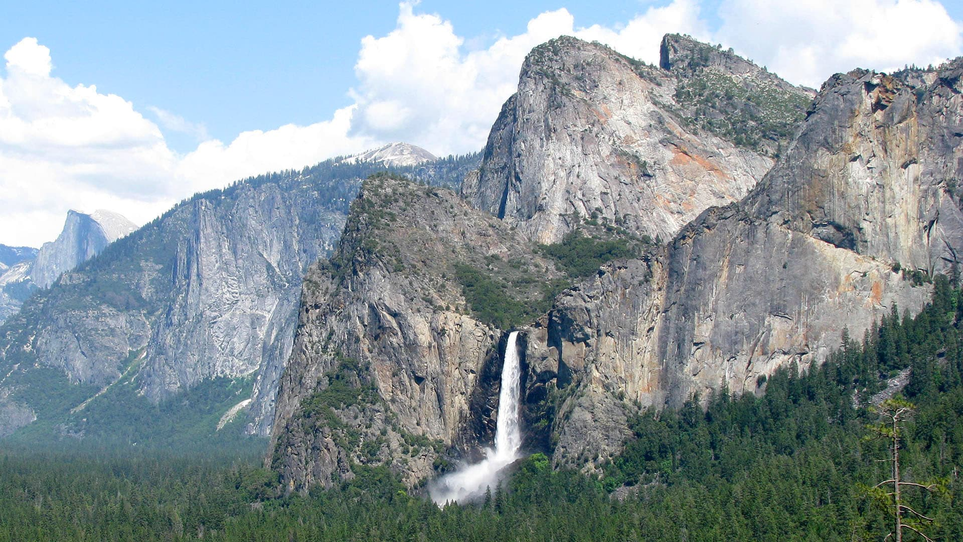 Bridalveil Fall in springtime